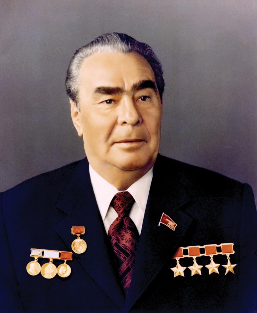 Четырежды Герои Советского Союза - кто они?